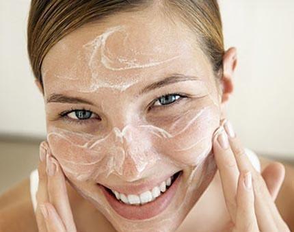 Cách chăm sóc vùng da quanh mắt từ A đến Z hiệu quả nhất