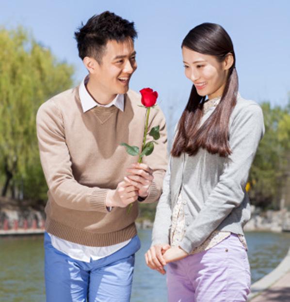 Cách làm bạn gái yêu mình hơn chân thành, hiệu quả
