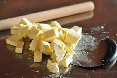 Cách làm bánh Croissant ngon không hề khó