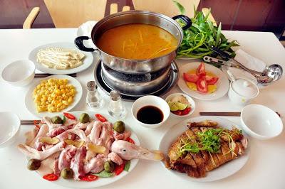 Cách làm lẩu vịt nấu măng chua cay ngon hoàn hảo cho ngày mưa lạnh