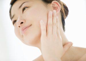 Cách làm mịn da cổ hiệu quả cho làn da trắng đẹp quyến rũ