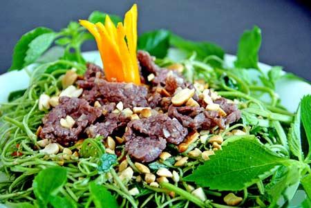 Cách làm món nộm rau muống thịt bò đơn giản mà ngon