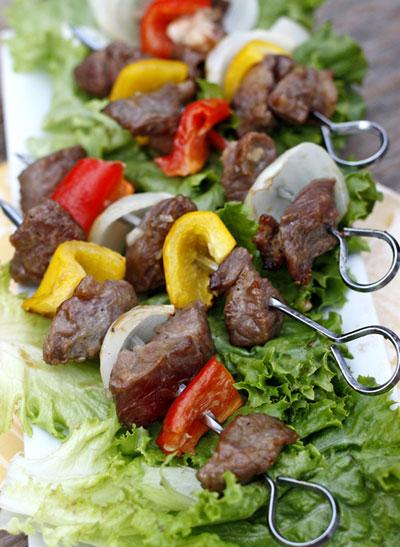 Cách làm thịt bò nướng xiên ngon khó cưỡng