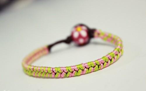 Cách làm vòng tay handmade bằng dây cói xinh xắn