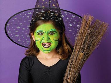 Cách vẽ mặt nạ Halloween bằng màu vẽ siêu dễ