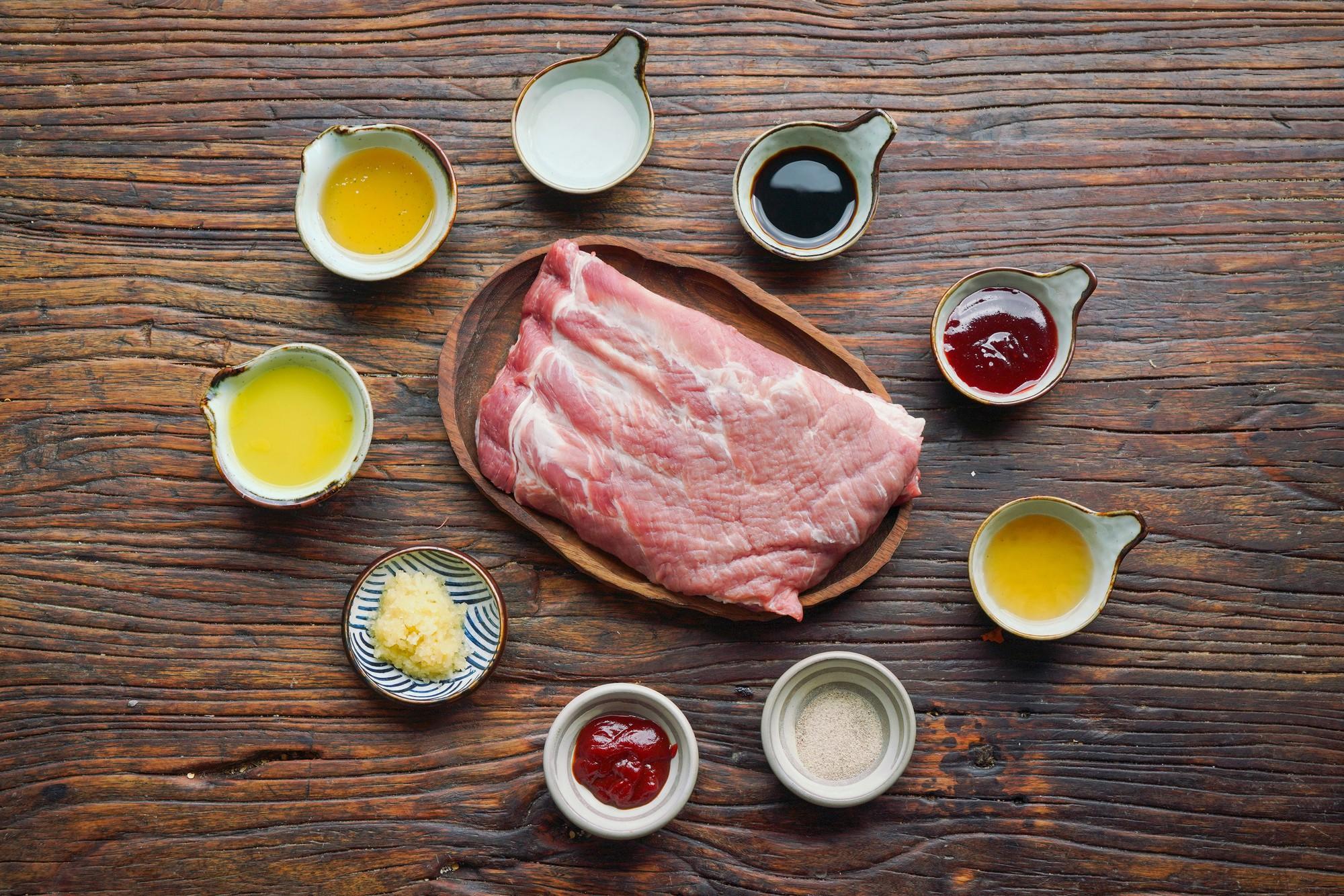 Món ngon cuối tuần: Sườn non nướng thơm lừng bổ dưỡng